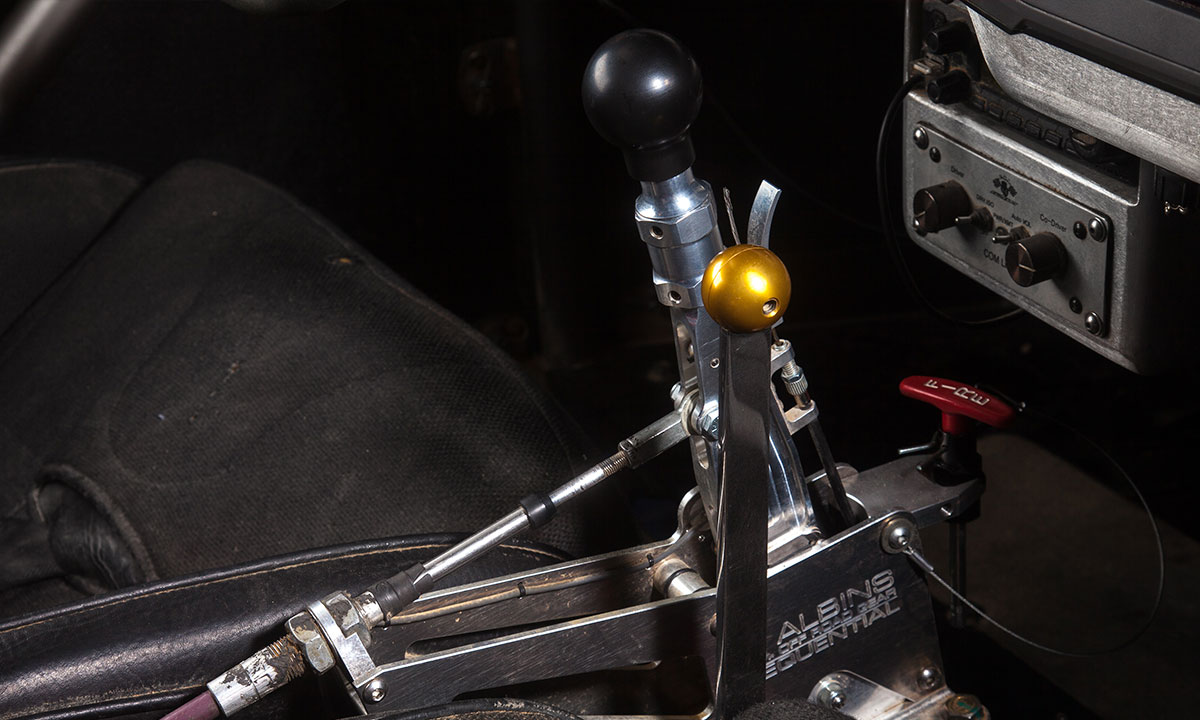 Transmission and Mad Max-reminiscent sequential shifter by Australia's Albins